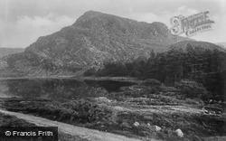 Lake c.1933, Cwm Bychan