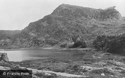 The Lake c.1900, Cwm Bychan