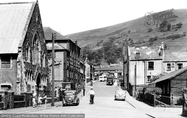 Cwm photos maps books memories  Francis Frith