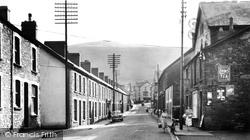 Cwmaman, Fforchaman Road 2 c.1955