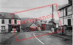 Village c.1960, Cwmdare