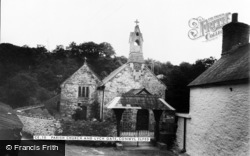 Cynwyl Elfed, Church Of St Cynwyl And Lych Gate c.1960