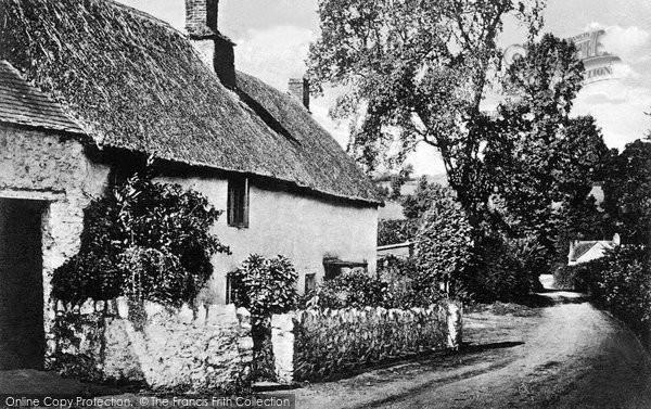 Daccombe, the Lane c1950