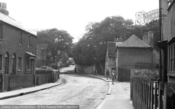 Photo of Dagenham, Crown Street c.1950