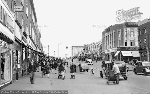 Photo of Dagenham, Heathway Shopping Centre 1948