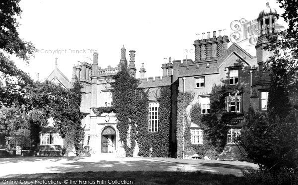 Danbury, the Palace 1906