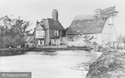 Darenth, The Old Mill c.1910