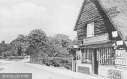 Darenth, The Thatched Shop, High Road c.1910