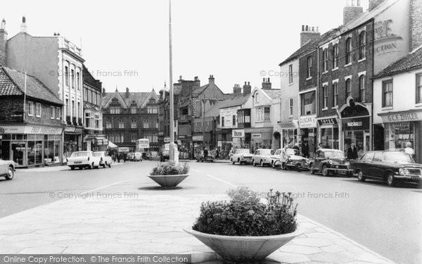 Photo of Darlington, Bondgate c1965, ref. d2033