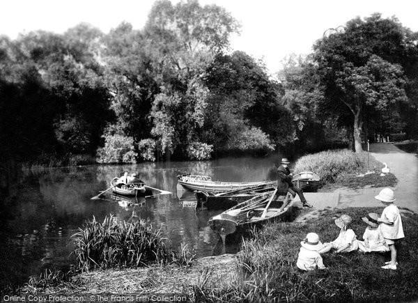 Photo of Darlington, South Park Lake 1923, ref. 74333
