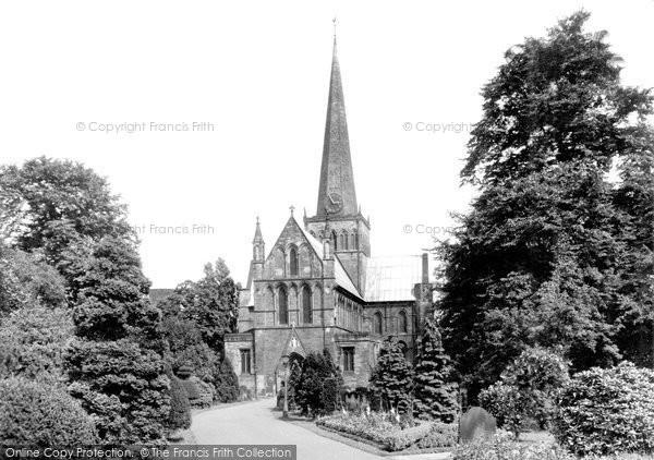 Photo of Darlington, St Cuthbert's Parish Church c1955, ref. d2002