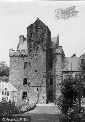 Tower 1951, Darnick