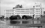 Dartford, Burroughs And Welcome Factory c.1955