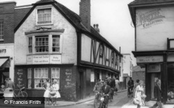 Crown And Anchor Inn c.1955, Dartford