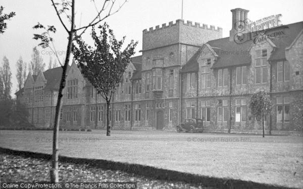 Photo of Dartford, The Girls School c.1950