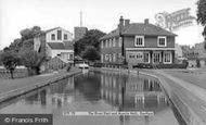Dartford, The River Dart And Acacia Hall c.1955
