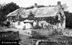 Dartmoor, An Old Dartmoor Farmstead 1906