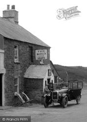 Austin Car Outside The Warren House Inn 1931, Dartmoor