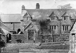 Manor House, Sampford 1906, Dartmoor