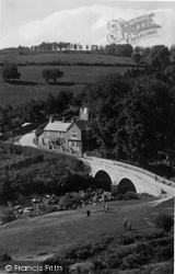 Dartmoor, The Hotel And  Bridge c.1930