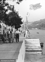 Dartmouth, Strolling Along The Riverside c.1950