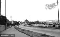 Barnsley Road c.1960, Darton