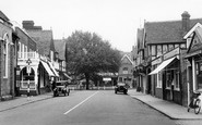 Datchet, High Street c1945