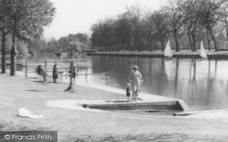 Datchet, People By The River c.1965
