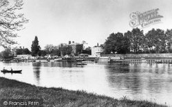 Datchet, River Side 1905