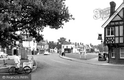 Datchet, The Green And Manor Hotel 1950