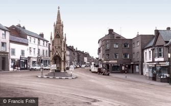 Daventry, High Street c1965