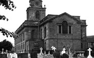 Daventry, Holy Cross Church c1955