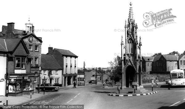 Photo of Daventry, Market Square 1964