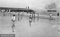 Bathing Beach 1925, Dawlish