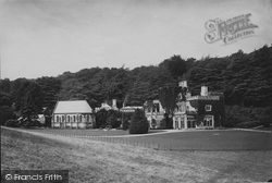 Luscombe Castle 1890, Dawlish
