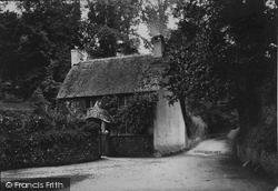 Luscombe Castle Lodge 1890, Dawlish
