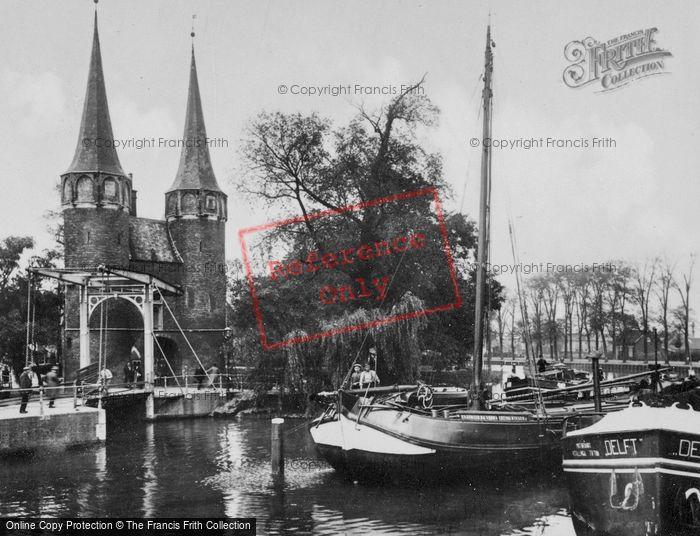 Photo of Delft, Oostpoort c.1920