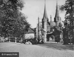 Oostpoort c.1920, Delft