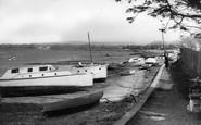 Dell Quay photo