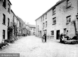 Main Street 1924, Dent
