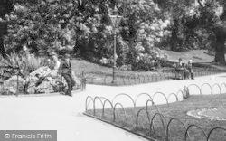 The Public In The Arboretum 1896, Derby