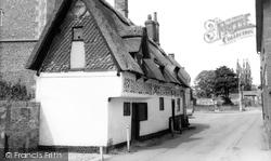 Bishop Bonner's Cottage c.1965, Dereham