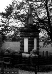 The Memorial c.1965, Dersingham