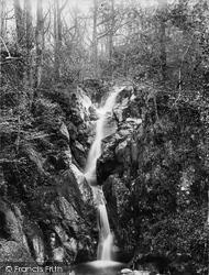 Barrow Falls 1889, Derwent Water