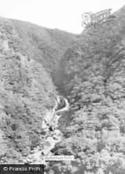 Devil's Bridge, Gyfarllwyd Falls c.1960