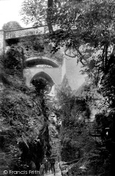 The Devils Bridge 1906, Devil's Bridge
