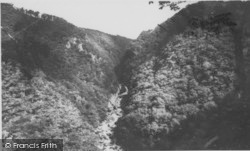Devils Bridge, Gyfarllwyd Falls c.1960