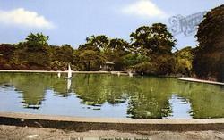 Crow Nest Park Lake c.1965, Dewsbury