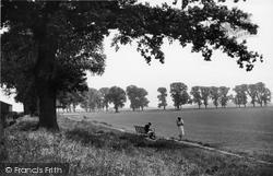 Didcot, Edmunds Park c.1955
