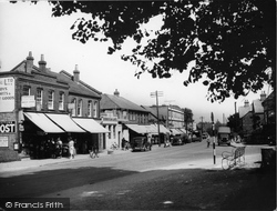 Didcot, The Broadway c.1955